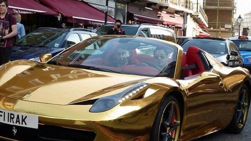 Auto tuning: la Ferrari d'oro del campione di kick boxing
