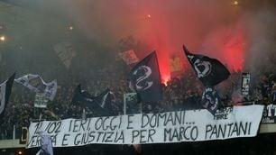 FOTO Cesena-Juve, il Manuzzi ricorda Pantani