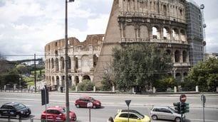 Twingo #Guidatu, Renault conquista Roma e Milano