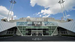 FOTO Juventus Stadium, coperti gli scudetti di Calciopoli