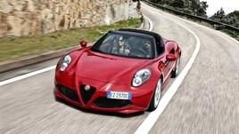 Alfa Romeo 4C Spider, elitaria e spartana