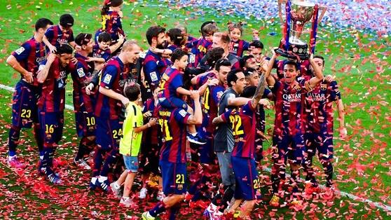 Barcellona, pari e festa. Real, ovazione per Ancelotti