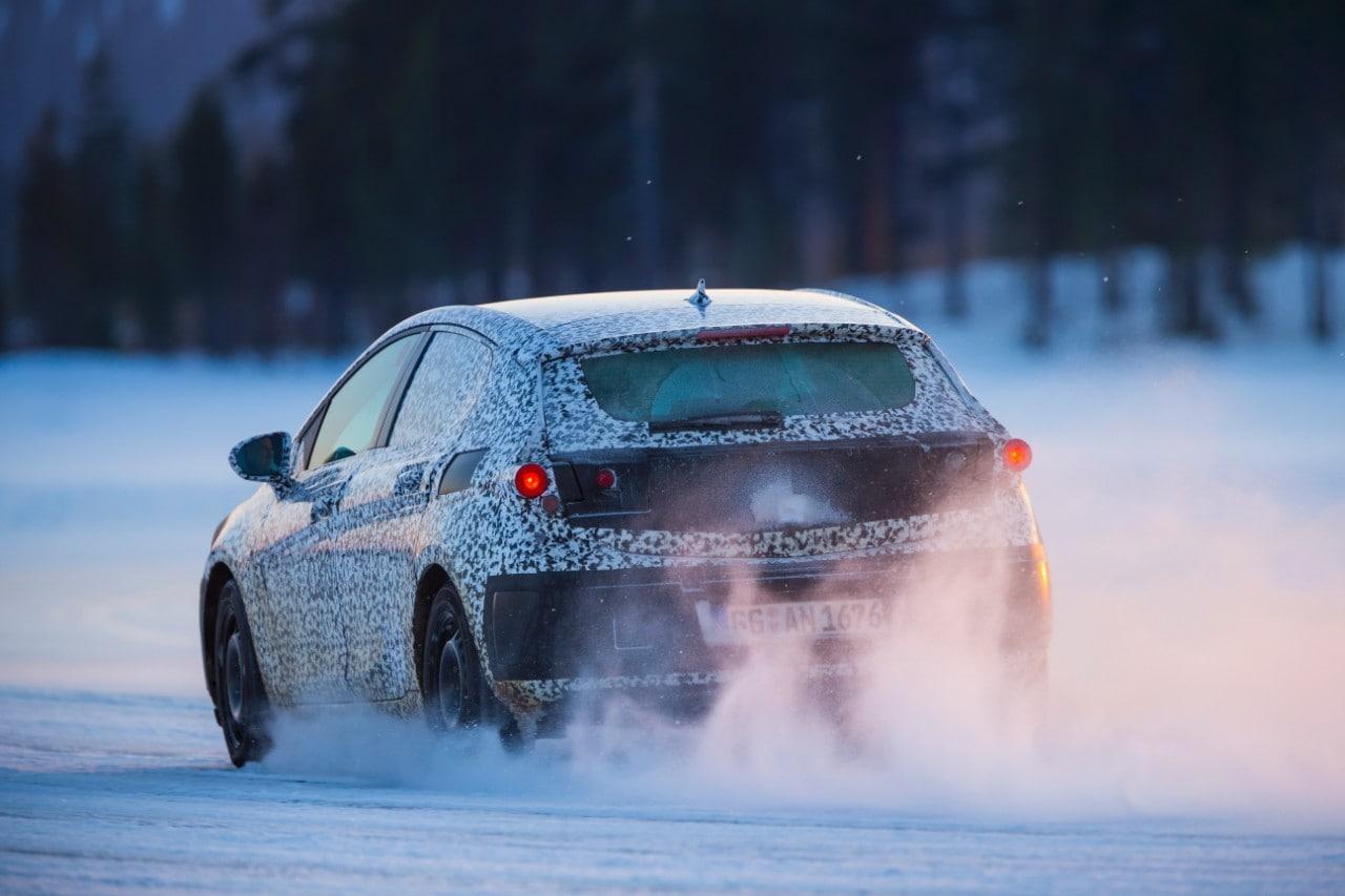 Opel Astra, foto spia