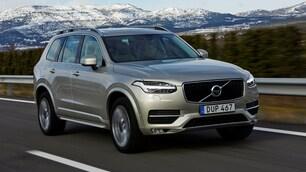 Volvo: la XC90 guida da sola