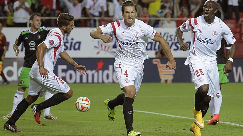 Krychowiak, è sfida tra Arsenal e United