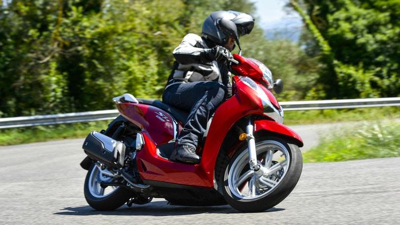 Honda SH300i ABS: papà scooter, è nuova vita