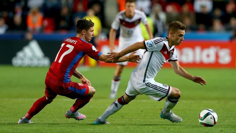 Kimmich, il Bayern non si ferma a Douglas Costa