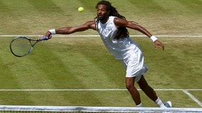 La favola di Wimbledon è finita: Brown eliminato da Troicki