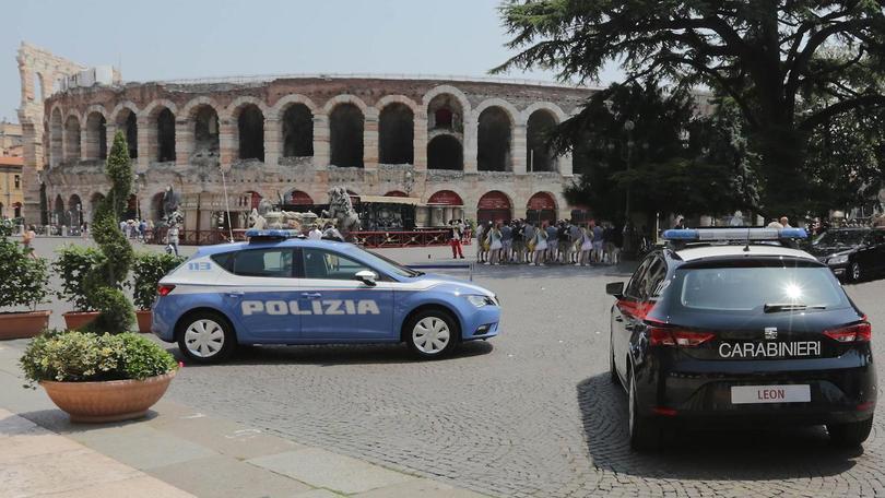 Seat Leon mette d'accordo Polizia e Carabinieri
