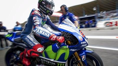 MotoGp, Lorenzo: «Yamaha a vita, Valentino un alleato»