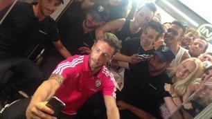 Juve, selfie e sorrisi: che festa allo Stadium con Marchisio