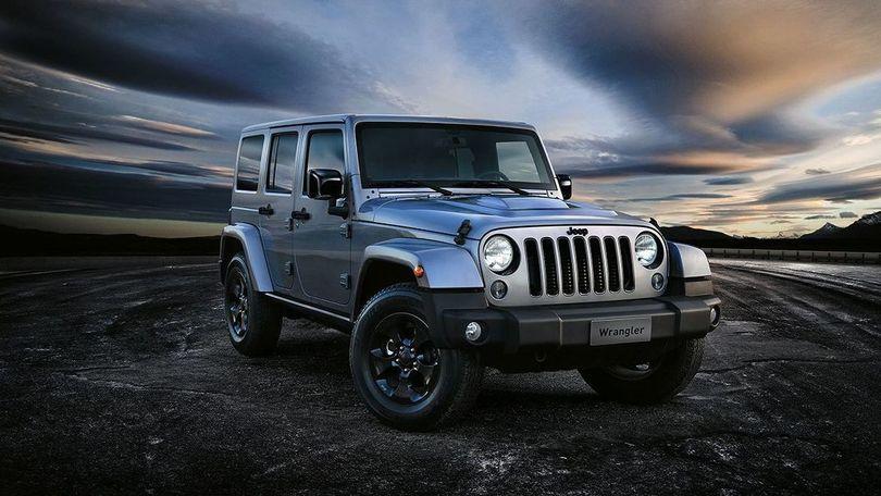 Jeep Wrangler Black Edition, info, foto e prezzi