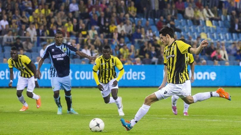 Vejinovic passa al Feyenoord: Clasie può andare alla Lazio