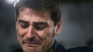 Real Madrid, le lacrime di Iker Casillas alla conferenza d'addio