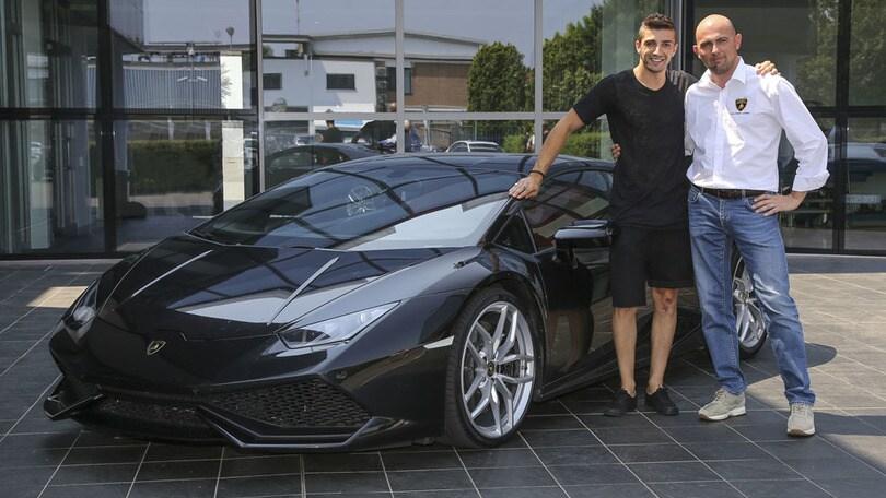 Passione Lamborghini per Iannone: guida una Huracàn