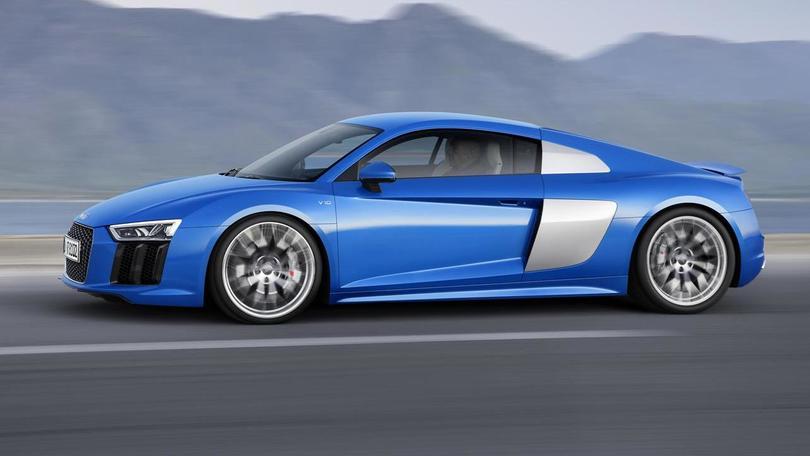 "Audi R8 V10 Plus: ""belva"" da 610 cv e 330 km/h"