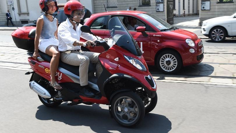 Enjoy: parte a Milano lo scooter sharing con Piaggio MP3