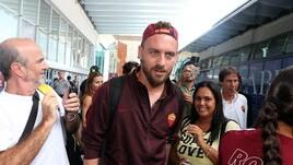 La Roma sbarca a Fiumicino dopo la tournée