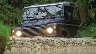 Speciale Land Rover Defender: dura e pura sempre