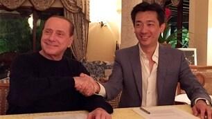 Milan-Mr. Bee: c'è la firma. Berlusconi presidente, Taechaubol vice