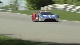 Ford GT, prime immagini della supercar in pista