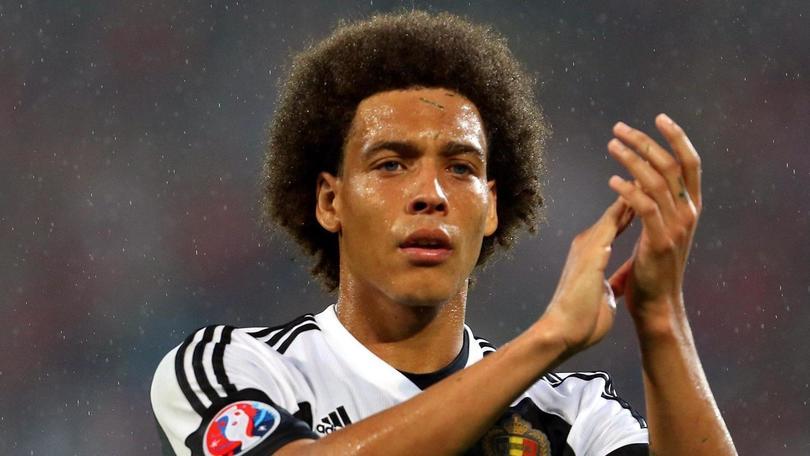 La Juve vuole soffiare Witsel al Milan