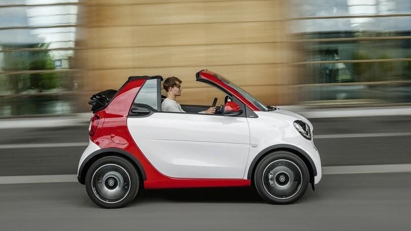 Nuova Smart Cabrio, arriva a febbraio 2016