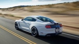 Ford Mustang Shelby GT350, il mito USA si rinnova