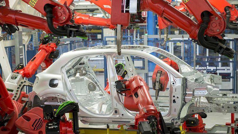 """Mercato auto: agosto +10,7% UNRAE: """"crescita a singhiozzo"""""""