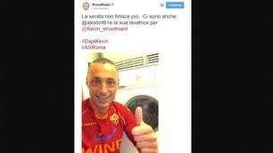 Roma, tutti i selfie per Strootman: ci sono anche Alex Britti e Baldissoni