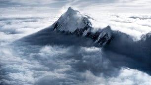 A Venezia arriva 'Everest'. Le 10 cose da sapere sulla montagna più alta del mondo