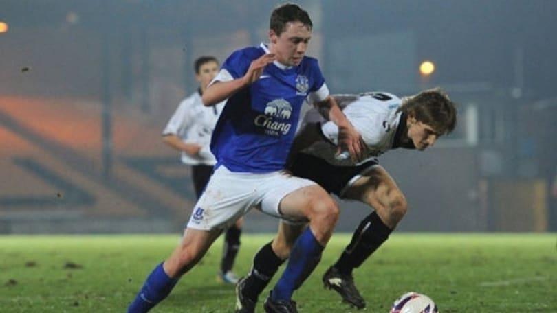 Pennington, il difensore blindato dall'Everton