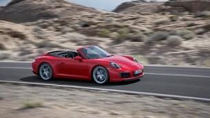 Porsche 911 Carrera, ora è solo turbo