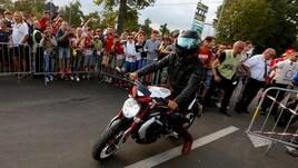 Hamilton a Monza con la… MV Agusta<br />