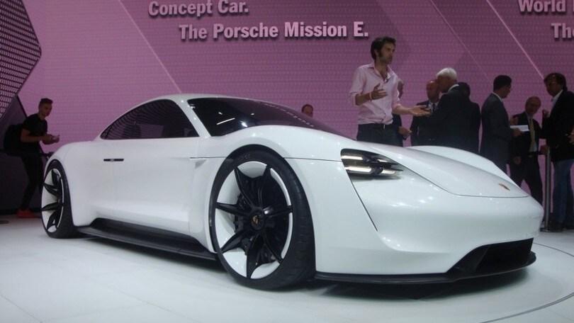 Porsche Mission E: 600 cv elettrici al Salone di Francoforte