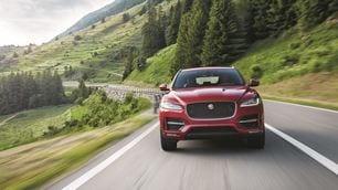 Jaguar F-Pace, foto e prezzi del SUV, Salone di Francoforte