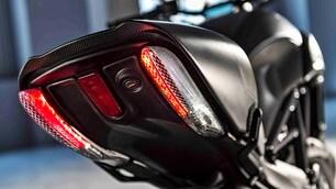 Ducati verso EICMA con il nuovo Diavel Carbon