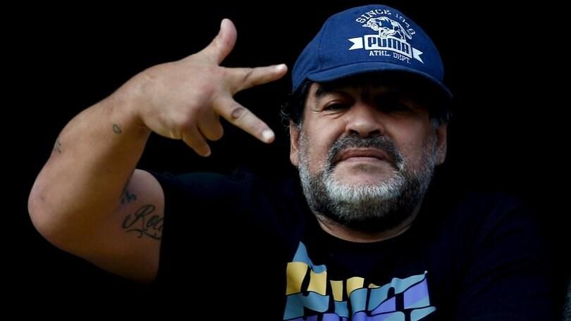 """A De Rossi il benvenuto di Maradona: """"Nel Boca starai benissimo"""""""