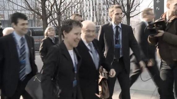 FIFA, Blatter non se ne va