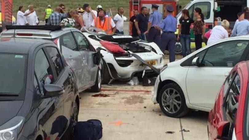 Porsche sulla folla, 26 feriti a Malta