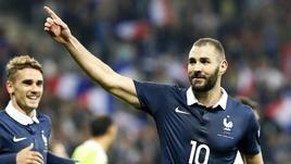 Francia-Armenia, doppietta e infortunio per Benzema