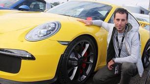 Nibali gira in Porsche al Mugello