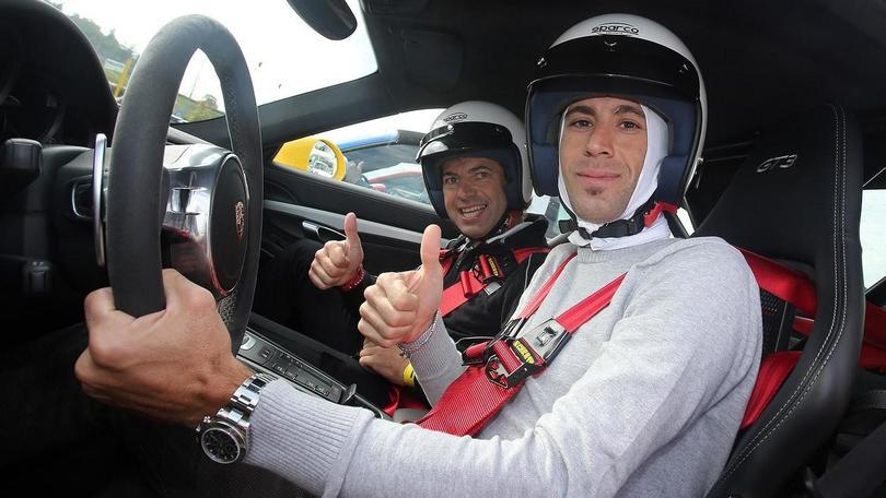 Porsche, Nibali scende in pista su una GT3
