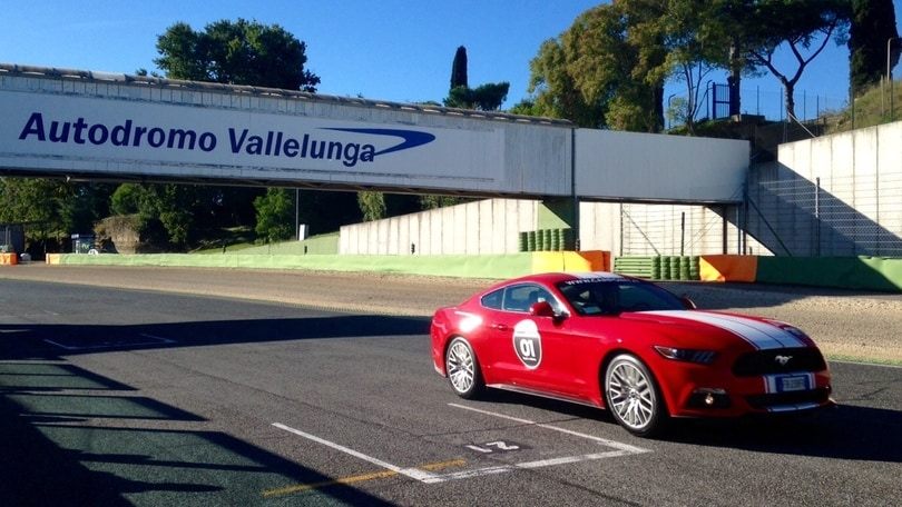 Ford Mustang, l'icona in pista a Vallelunga