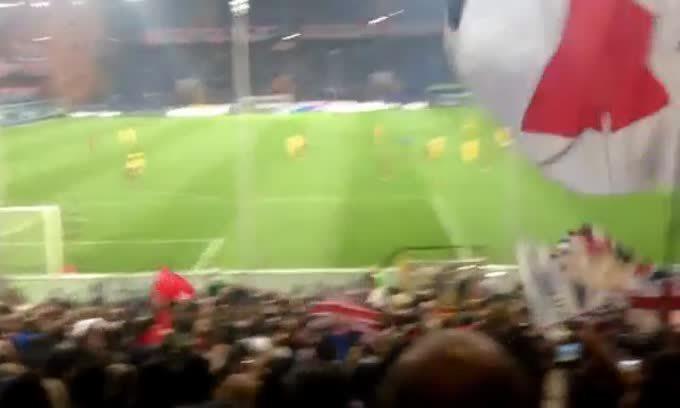 Il coro cantato dai tifosi del Genoa