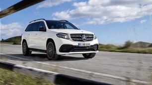 Mercedes GLS, prime immagini ufficiali