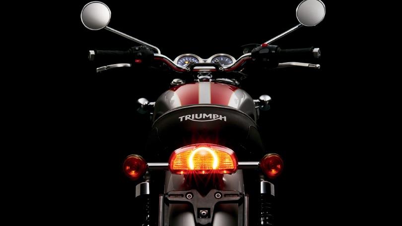 Triumph, la nuova Bonneville è tecnologica