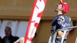 Jorge Lorenzo campione, la festa sul podio a Valencia