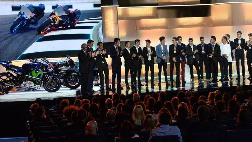 MotoGp, Rossi diserta la premiazione a Valencia