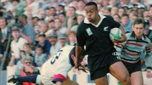 Rugby, Lomu muore a 40 anni: le immagini più belle della sua carriera
